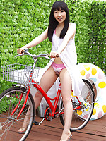 Kotone Moriyama Asian in cute lingerie loves exposing her legs